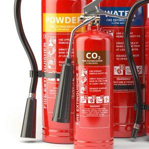 La eficacia de un extintor de CO₂ radica en la capacidad de este compuesto de desplazar el oxígeno, ocasionando que se extinga el fuego.